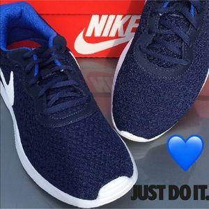 New Nike Tanjun Sneaker for Men👟👟👟