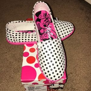 Other - Minnie mouse polka dot slip on