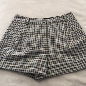 Club Monaco Gray Cream Wool Plaid Cuffed Shorts
