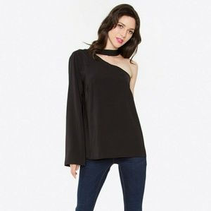 Cold Shoulder Blouse in black