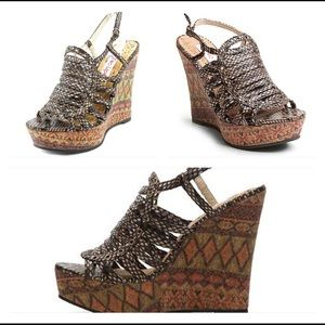 NWOT Two Lips Wedge Sandals