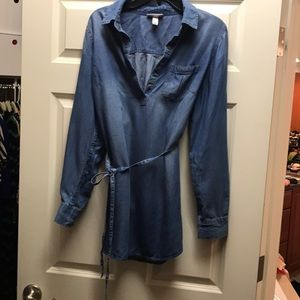 Chambray maternity tunic by Liz Lange for Target