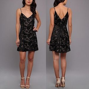 DOLCE VITA Party Dress Intricate Short Draped Gown