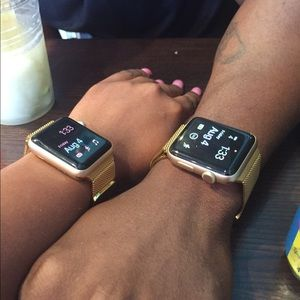 Accessories - Gold Apple Watch Series 2...38 or 42mm