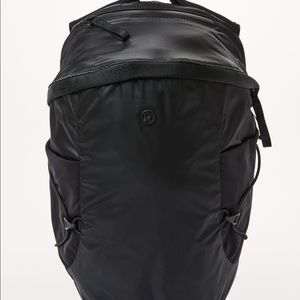 Lululemon run all day backpack
