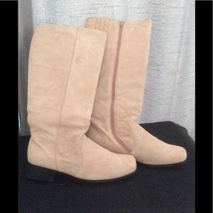 SOFT WARM PINK LEATHER SUEDE SIZE 10M👡🛍