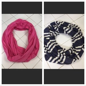 Accessories - 2 Infinity knit scarves