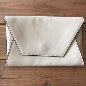 Zara trafaluc basic clutch bag in nude