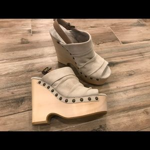 7 for All Mankind Sand Colored Leather Platforms