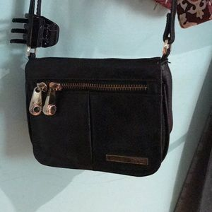 KENNETH COLE Crossbody