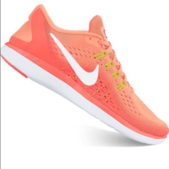 516d39aa8fc6 Nike Flex 2017 RN running shoe mango size 8 NWT