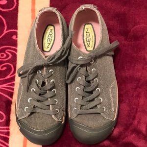 Keen vegan footwear nice worn once 9.5