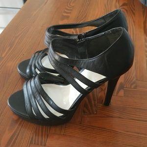 DIBA Black strappy heels sz 9