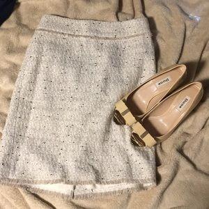 Ann Taylor cream pencil skirt 0