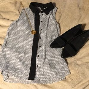 H&M patterned sleeveless button down 2