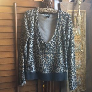 Women's leopard print 100% cotton hoody top