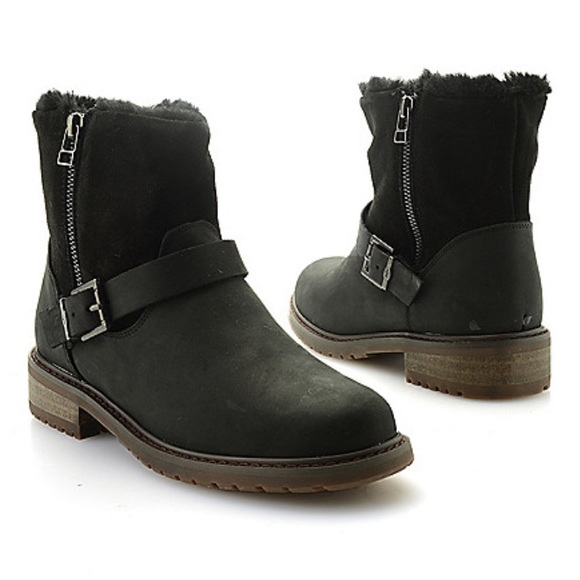 05452388c57 EMU Shoes | Australia Roadside Waterproof Boots | Poshmark
