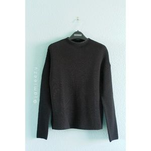 H&M | NWT Ribbed Knit Crew Sweater