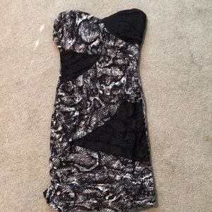 Dresses & Skirts - Black and white party dress