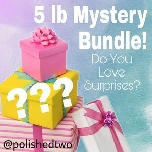 Tops - Mystery Bundle 4X (26/28) Clothing Surprises 5LBS