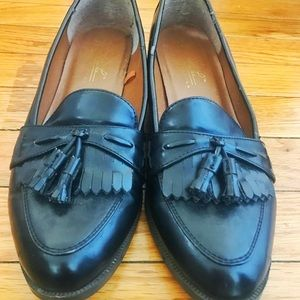 Black Loafers - Thrifted!