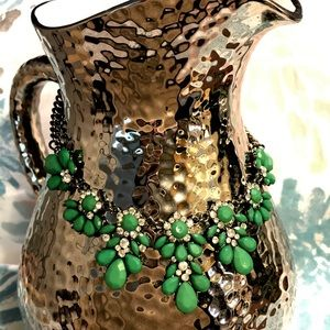 Green Statement Necklace!!