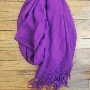 Lightweight Purple Scarf with Fringe Detail NWOT