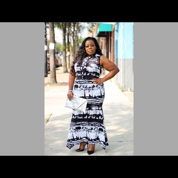 Black & white plus size maxi dress Boutique