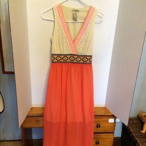 Bright maxi dress. Size Xs.
