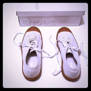 Top Shop  White, Size 7.5M Tennis Shoes Brand New