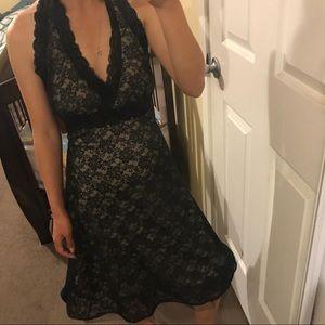 ⚠️mustbundle⚠️Black lace halter dress