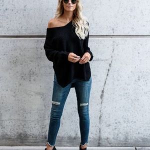 Tops - Black Knitted Sweater