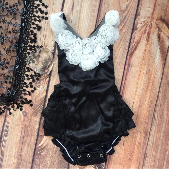 5421b51f834e Boutique Baby Girl silk black   Rosette Romper