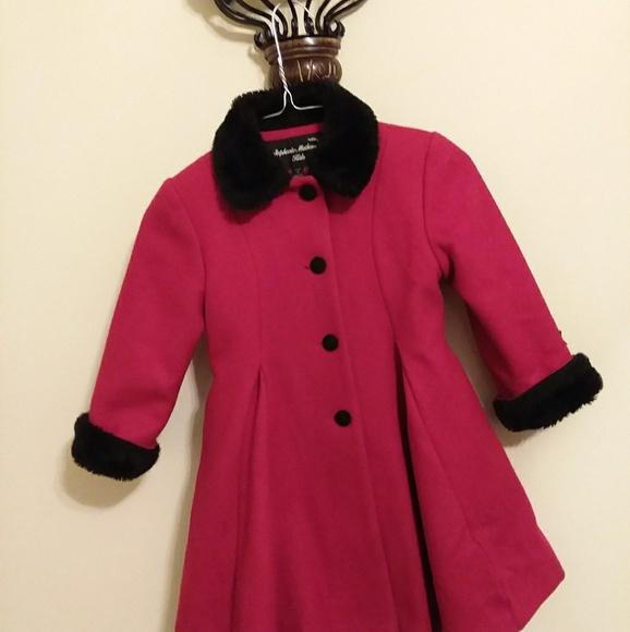 fe15ae2fade5 Little girls dressy red winter coat. M 59b8d34b5a49d01da502ee2f