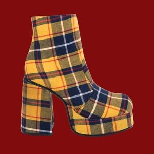ISO!! Unif stax platforms in plaid