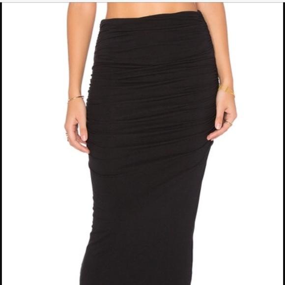 bd4691e49 James Perse Dresses & Skirts - James Perse shirred tube skirt