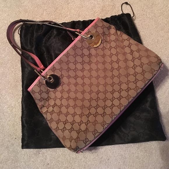 329b6497f1a Gucci Handbags - Authentic Gucci Eclipse handbag