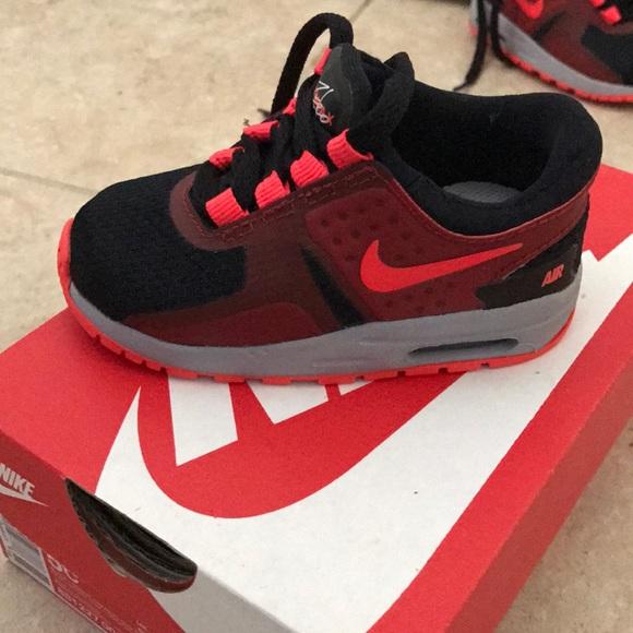 5C Nike Air Max Zero Essential TD