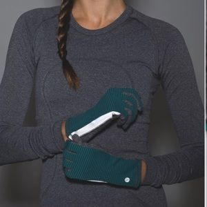 889fa076f lululemon athletica Accessories - Lululemon RUN WITH ME GLOVES Women s M L  Stripe