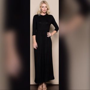 Dresses & Skirts - Melanie Long Maxi Dress