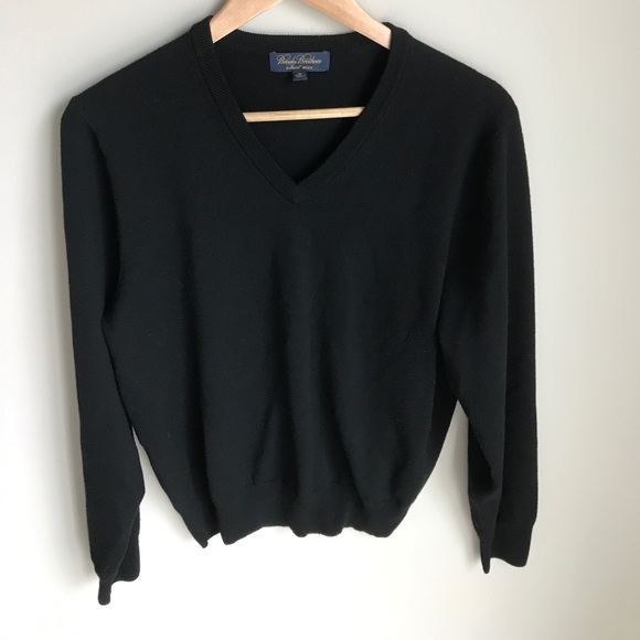 Brooks Brothers Sweaters - Brooks Brothers Saxxon Wool V-Neck Sweater