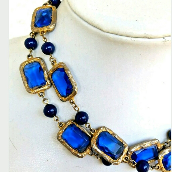 Vintage Jewelry - Vintage Gripoix Poured Glass Necklace Long Strand