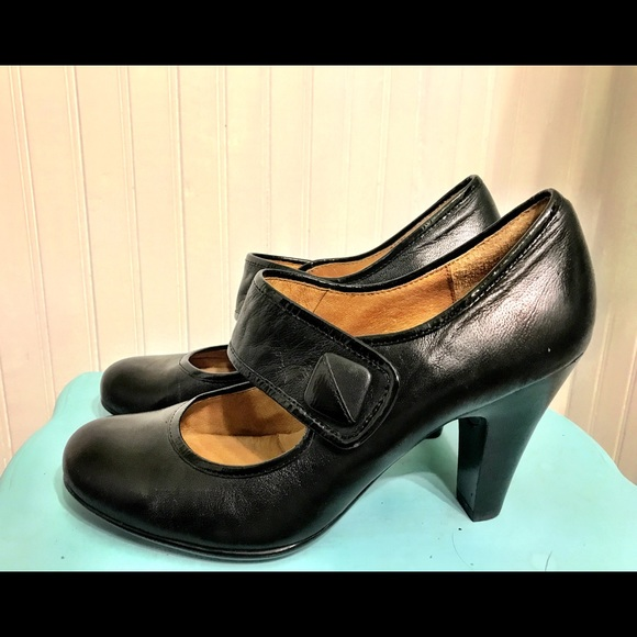 717b57b5a9e8 Sofft Shoes - Sofft Black Mary Jane Heels W 9.5M Ex Condition