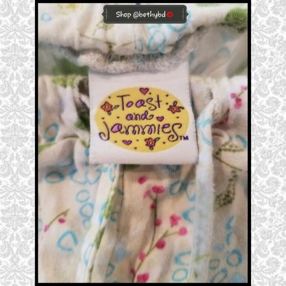 9642802c90 🆕️Listing 💚Toast   Jammies Pajama Set Loungewear