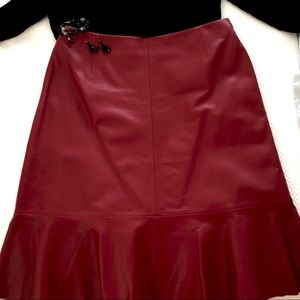 Dresses & Skirts - EUC RED LEATHER  Fit and Flare Skirt!