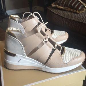 Michael Kors Shoes - Michael Kors Beckett Trainer c59d0bce5