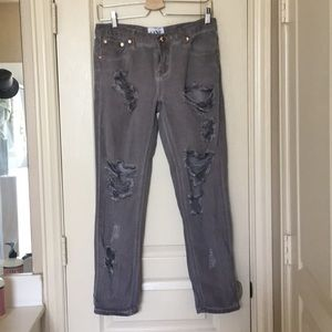 ✨MARKED DOWN✨One teaspoon distressed boyf jeans
