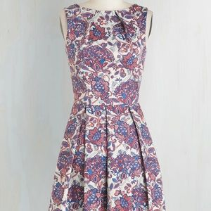 Closet London Luck be a lady dress in potpourri XS