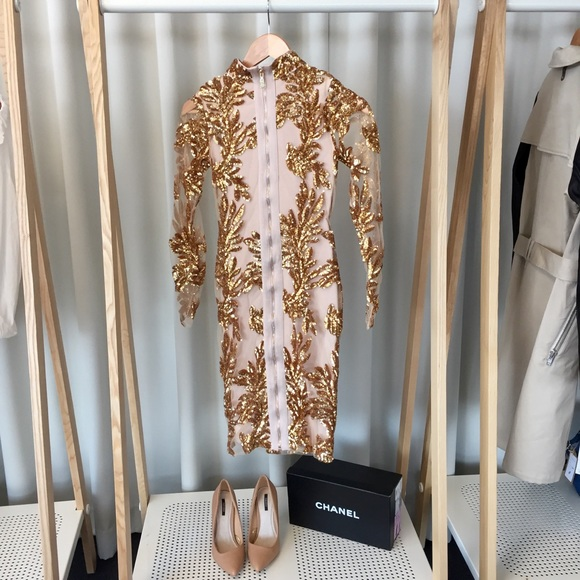Dresses - Long Sleeve Bodycon Dress With Gold Sequins