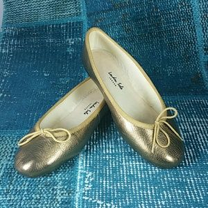 London Sole Ballet Flat Sz 37 (us 7) in Gold